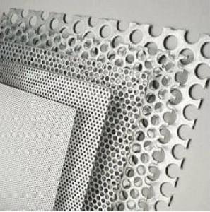 Alumínium perforált lemez